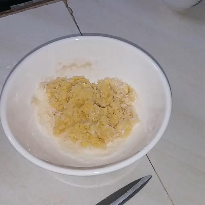 Bước 1 Trộn bột làm bánh Bánh tai heo (công thức được chia sẻ từ người dùng)
