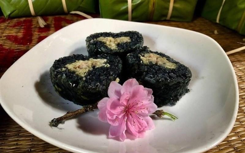 Bánh chưng đen của người Tày xứ Tang