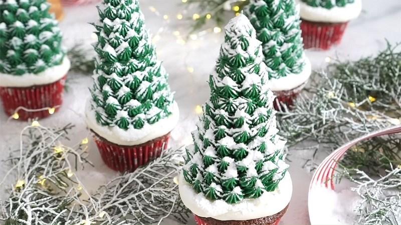 Bánh cupcake cây thông noel