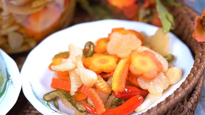 Dưa chua là thực phẩm tốt cho triệu chứng Hangover