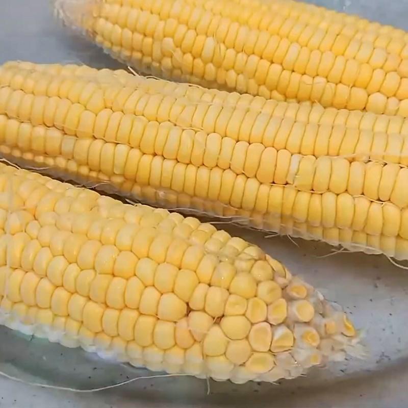 Bước 1 Sơ chế bắp và các nguyên liệu Bắp xào bơ