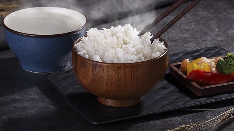 Ăn cơm