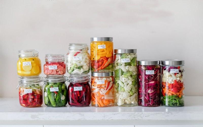Salad và kim chi