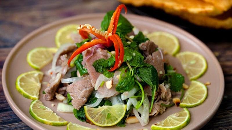 Salad thịt bò Thái