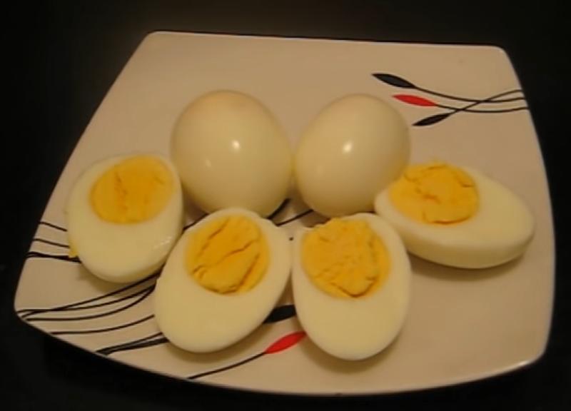 Trứng luộc chín
