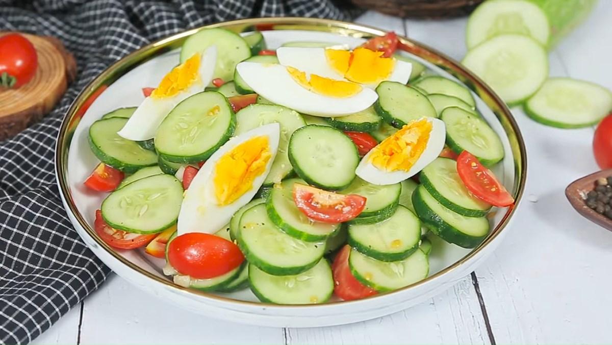2 cách làm salad dưa chuột cà chua sốt mayonnaise