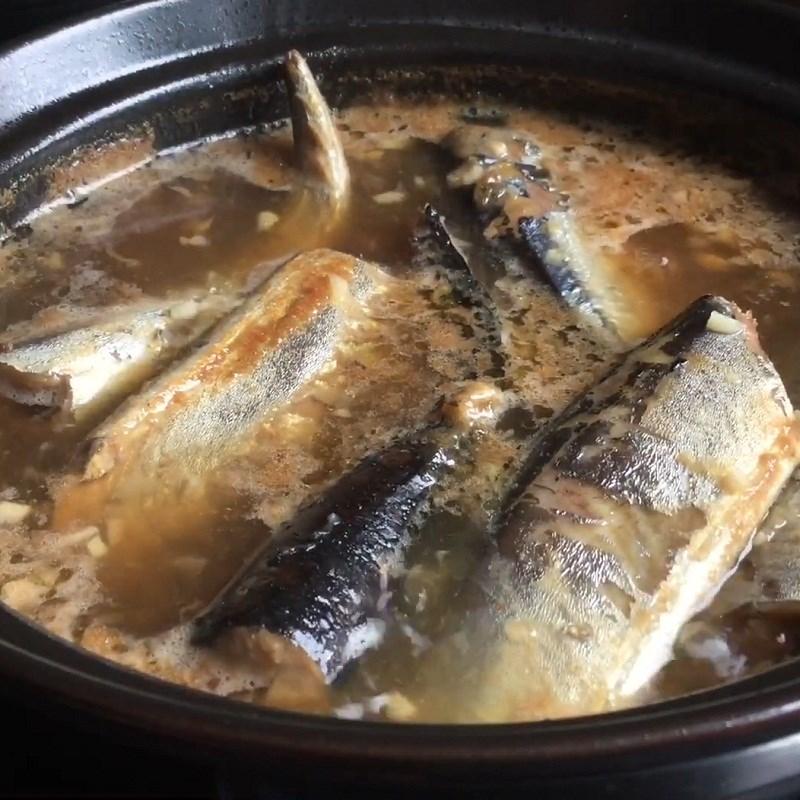 Bước 3 Kho cá Cá thu Nhật kho tiêu
