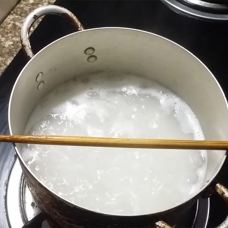 Bước 2 Nấu cháo Cháo hành tía tô