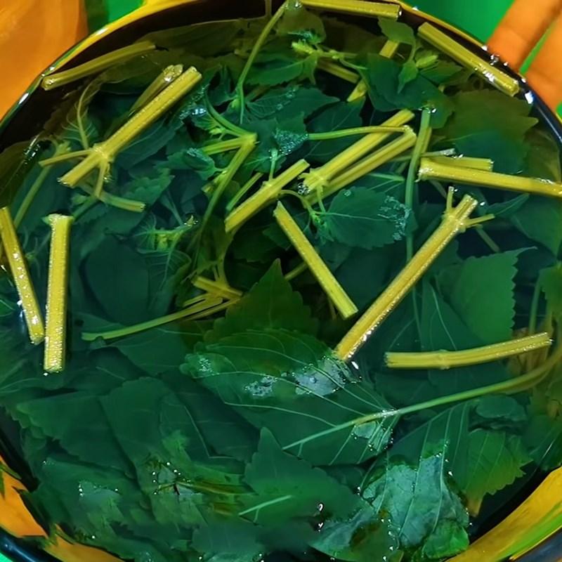Bước 1 Sơ chế và nấu nước tía tô Nước lá tía tô