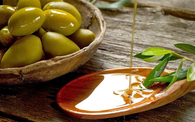 Cách sử dụng dầu oliu cho da mặt