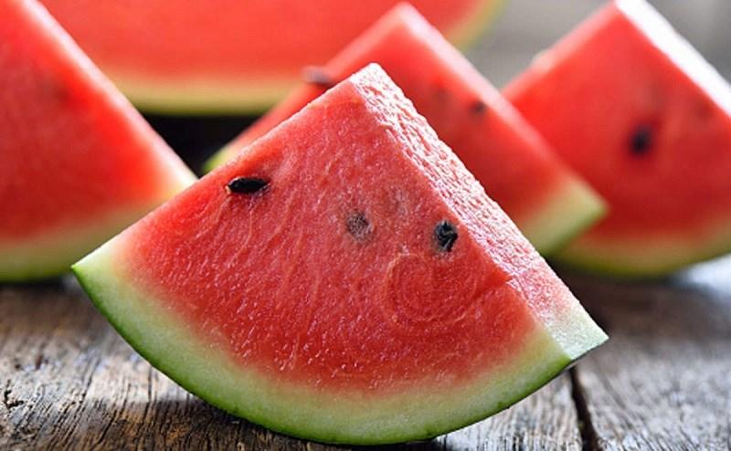 Ăn dưa hấu có béo không?