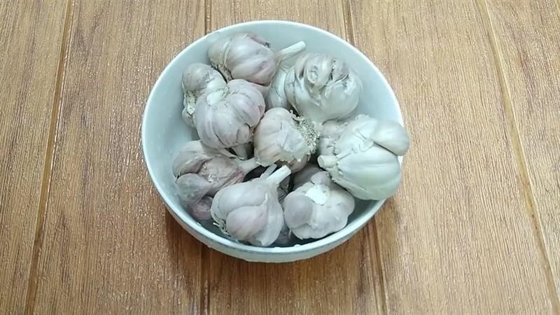 Nguyên liệu món ăn 2 cách làm bột tỏi khô không cần lò nướng
