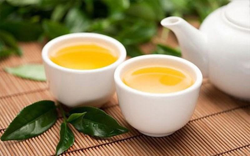 Uống trà xanh thay nước