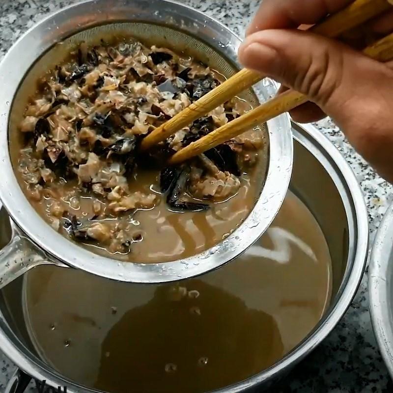 Bước 1 Sơ chế cua Canh riêu cua nấu tập tàng