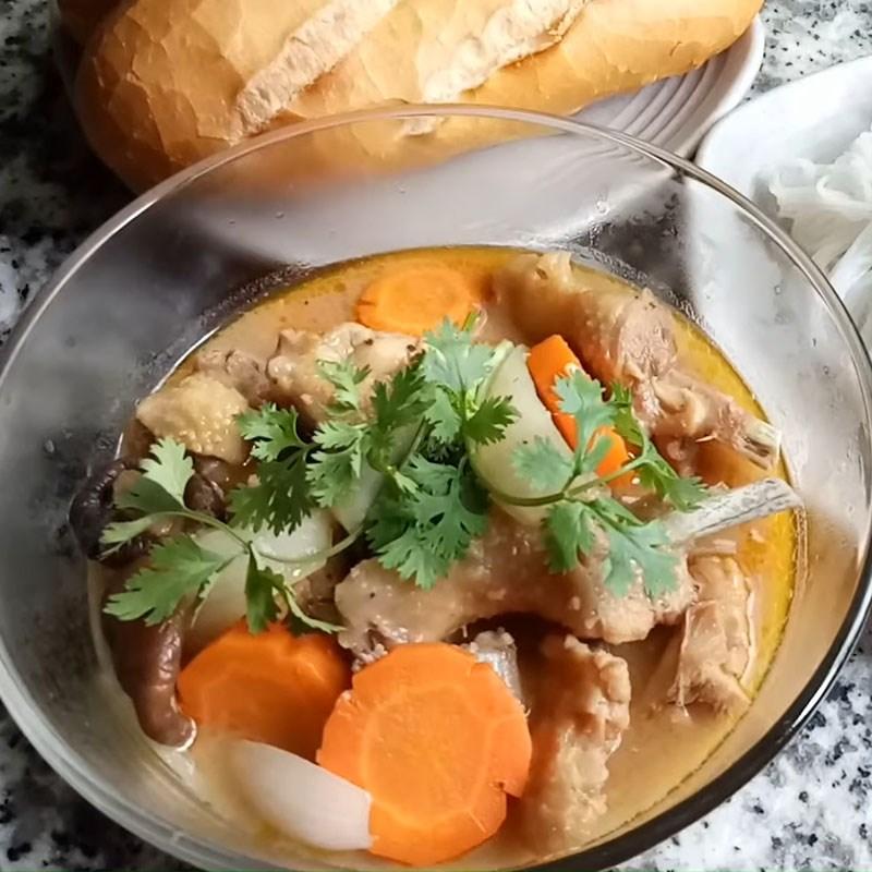 2 cách làm gà nấu xí muội và nấu sơ ri chua ngọt, lạ miệng