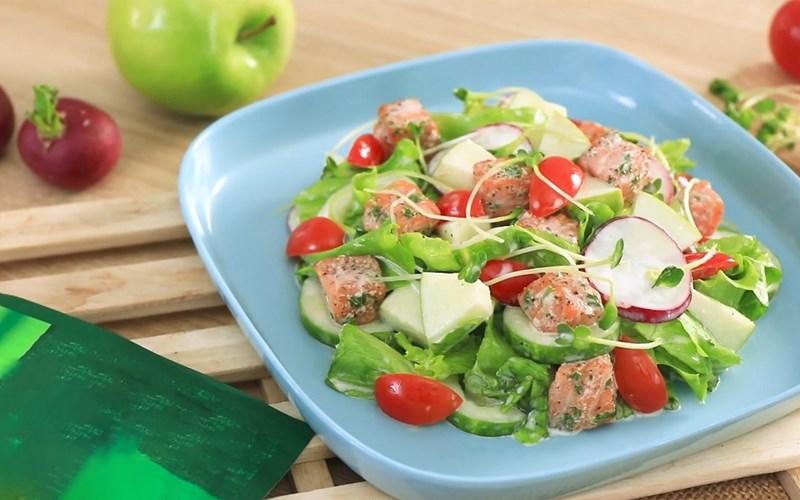 Salad cá hồi (Không sốt Mayonnaise)