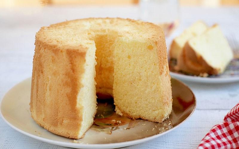 Bánh bông lan Chiffon với cam