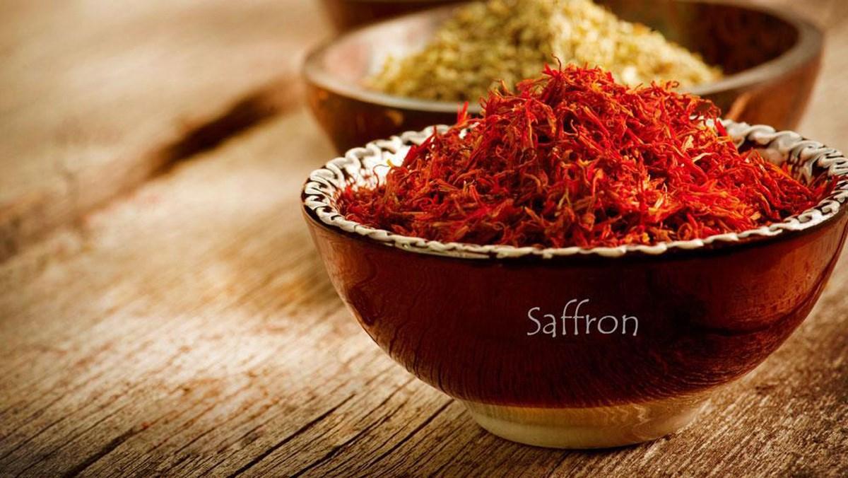 Nhụy hoa nghệ tây saffron là gì