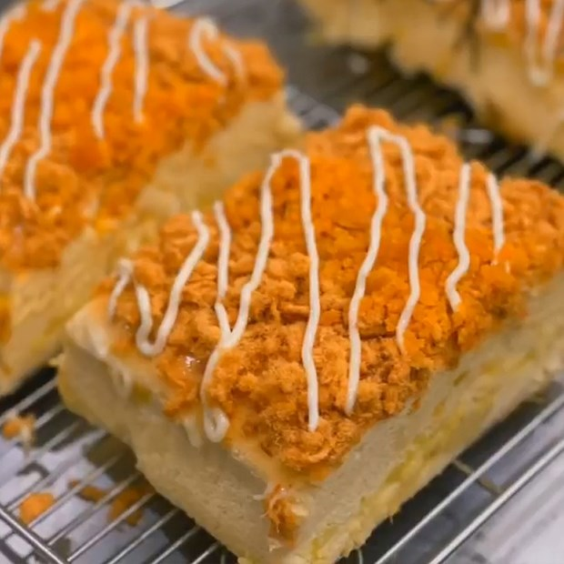 Bánh bông lan phô mai sầu riêng