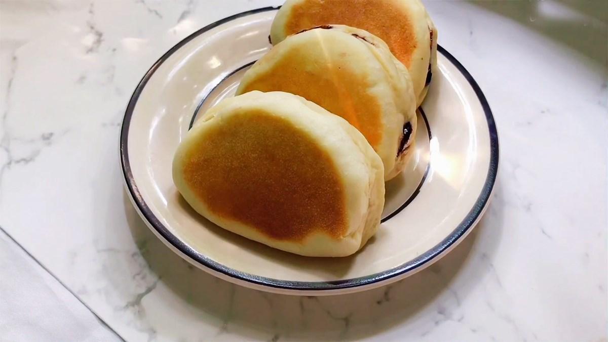 Bánh mì nhân socola chảy