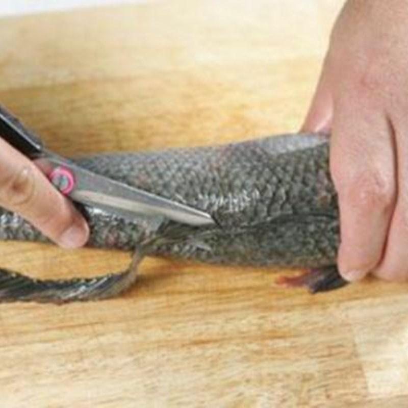 Bước 1 Sơ chế cá lóc và các nguyên liệu Bánh canh cá lóc bột gạo