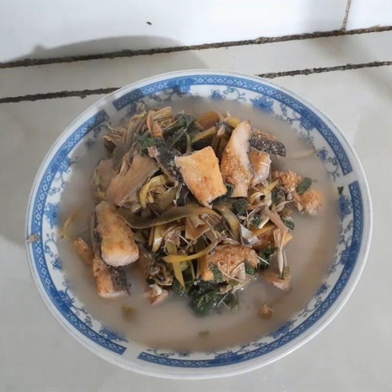Bước 4 Thành phẩm Khô cá lóc nấu canh chua