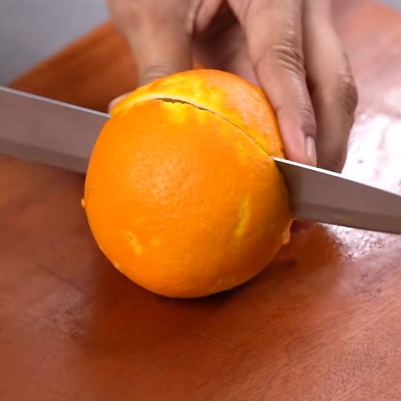Bước 1 Bào vỏ và vắt nước cốt cam Kem cam que