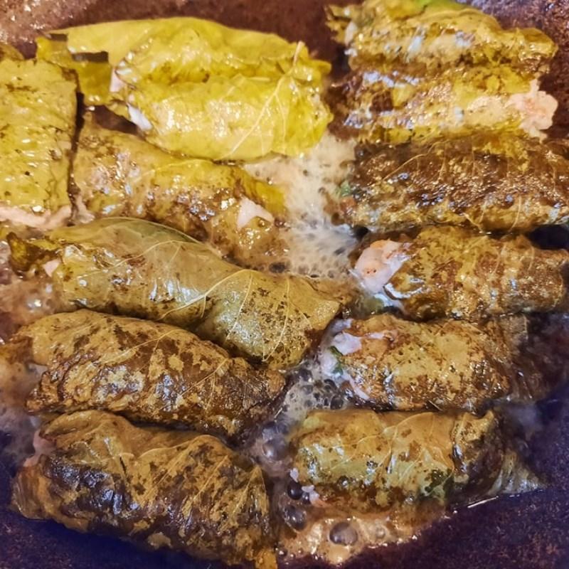 Bước 4 Cuốn và chiên thịt Thịt cuốn lá nho chiên