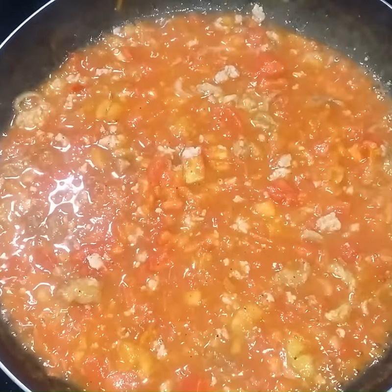 Bước 3 Làm sốt cà chua Nước sốt cà chua