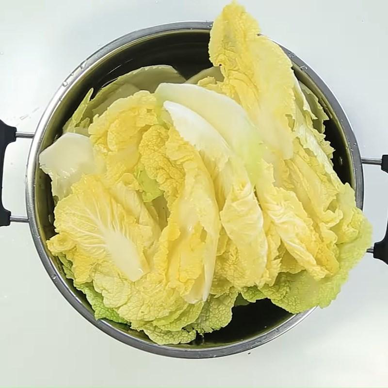 Bước 1 Ngâm cải thảo Cải thảo muối chua