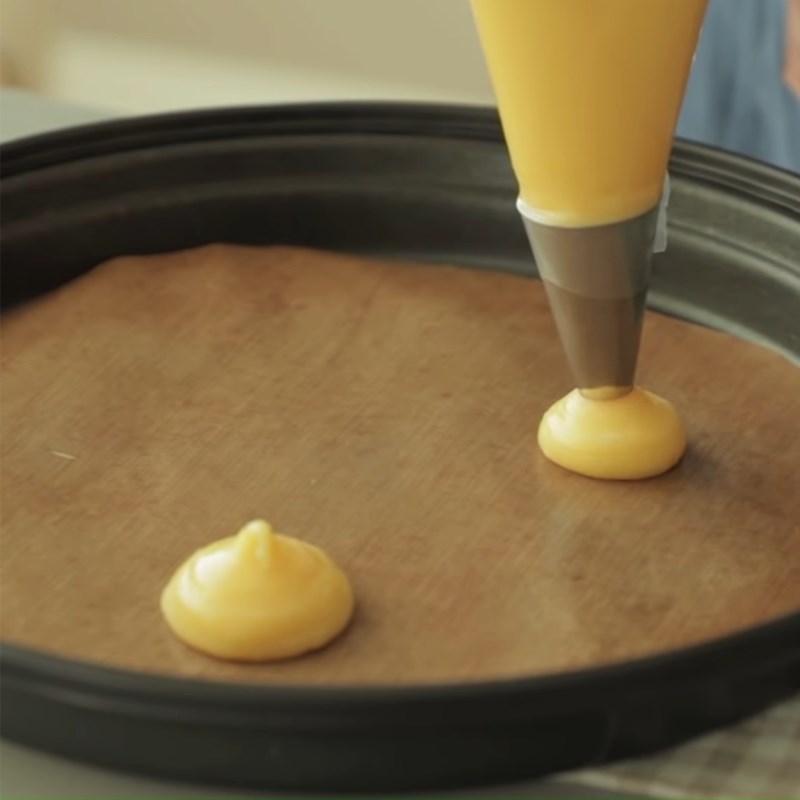 Bước 4 Nướng bánh Bánh su kem phô mai vỏ giòn