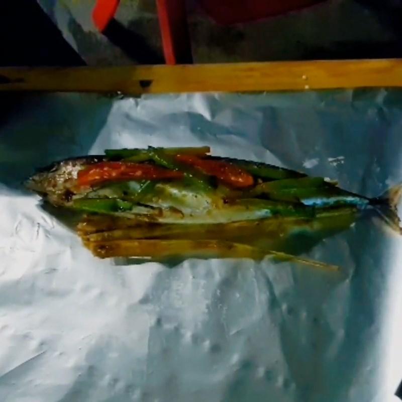 Bước 3 Nướng cá Cá ồ nướng giấy bạc