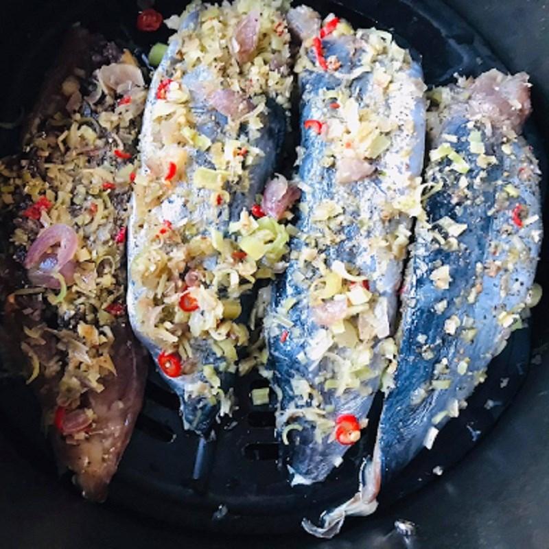 Bước 3 Nướng cá Cá lồ ồ nướng sả ớt
