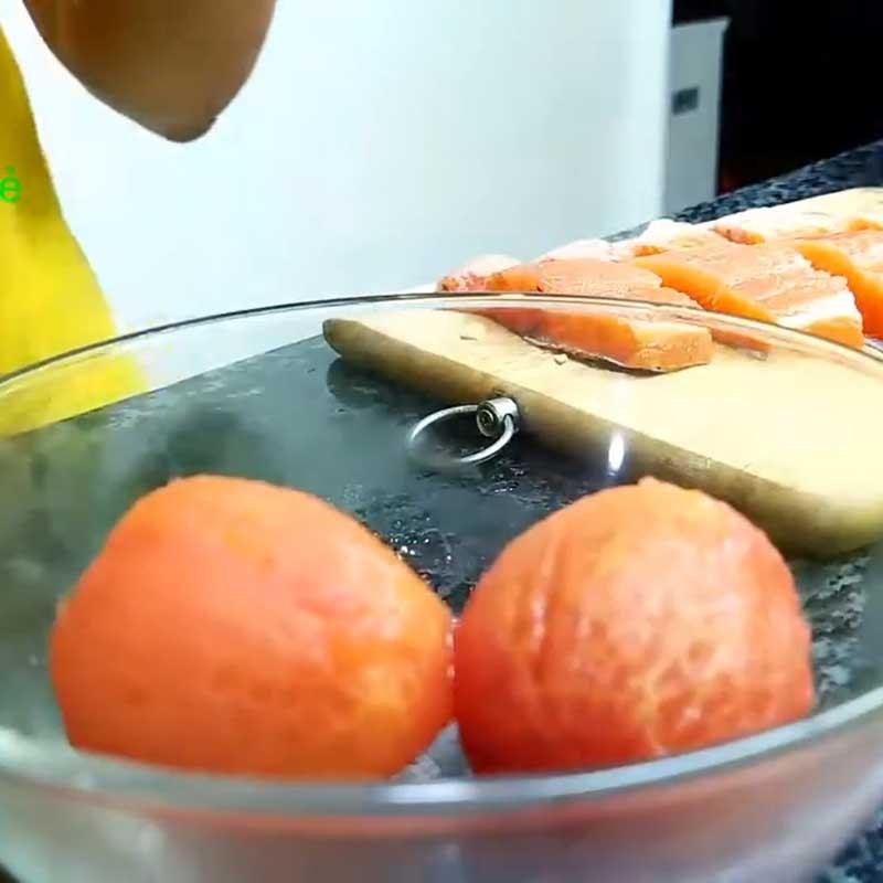 Bước 2 Sơ chế các nguyên liệu khác Cá hồi áp chảo sốt mè rang