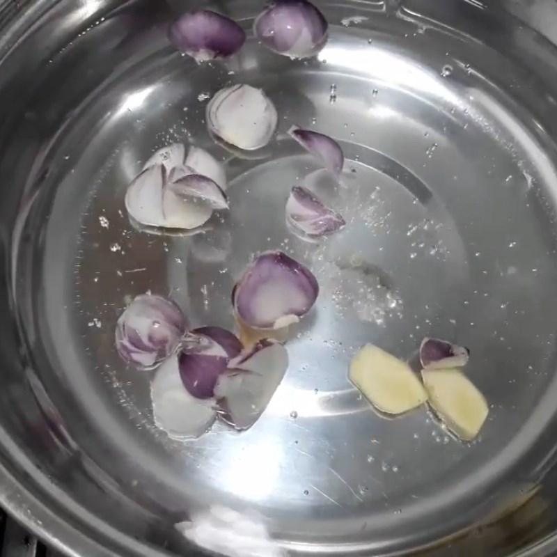 Bước 1 Sơ chế lưỡi heo (rửa, khử mùi, luộc, cắt) Gỏi lưỡi heo chua cay