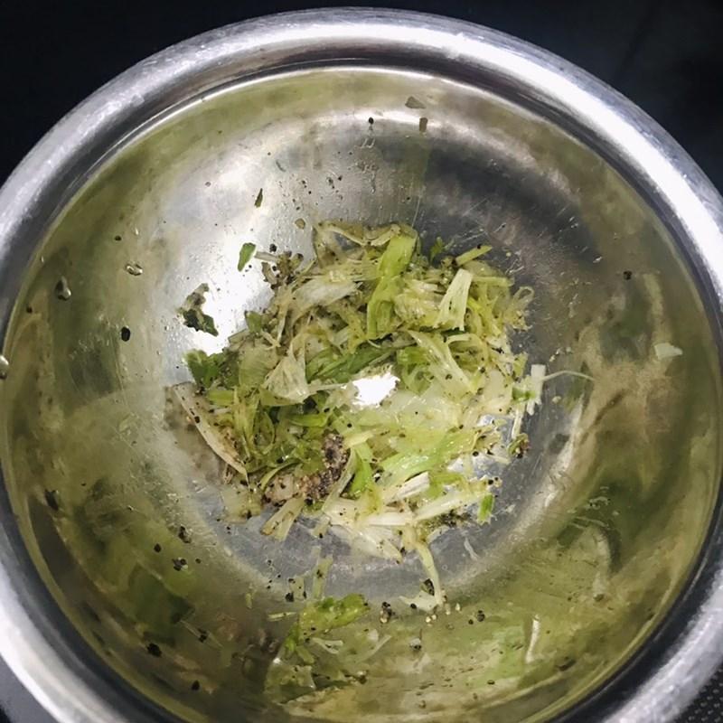 Bước 1 Sơ chế nguyên liệu Canh cải bẹ xanh cá thác lác