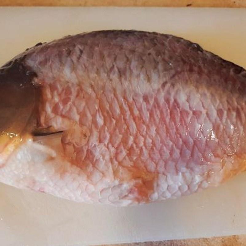 Bước 1 Sơ chế tôm và cá Chả tôm cá