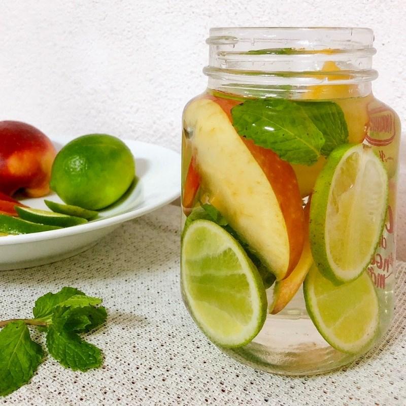 Bước 3 Thành phẩm Nước detox chanh và táo