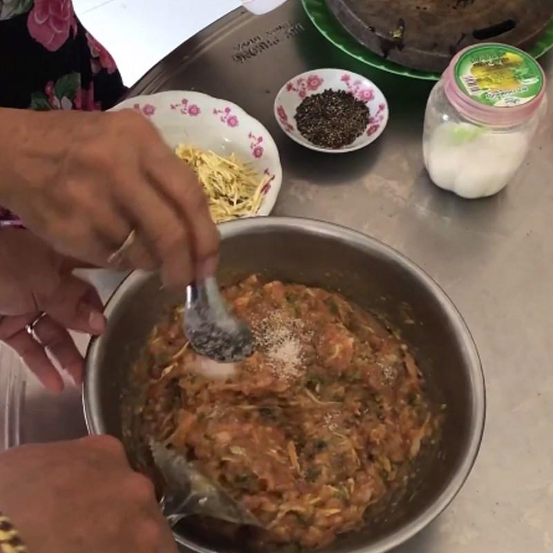 Bước 3 Trộn các nguyên liệu Khô cá chét chưng thịt ba rọi với trứng