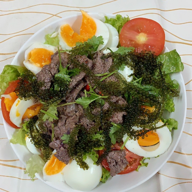 Bước 4 Trộn salad Salad rong nho thịt bò