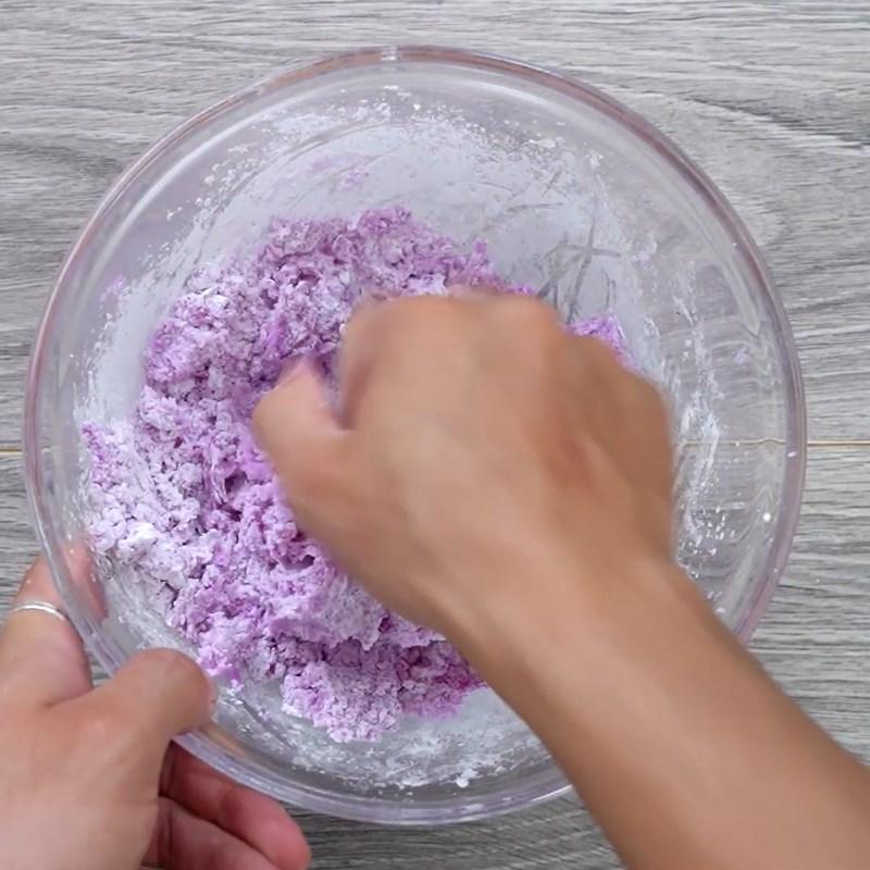 Bước 3 Trộn và tạo hình khoai mỡ Chè khoai mỡ (khoai tím) dẻo