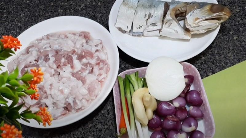 Nguyên liệu món ăn 2 cách làm khô cá chét chưng thịt ba rọi