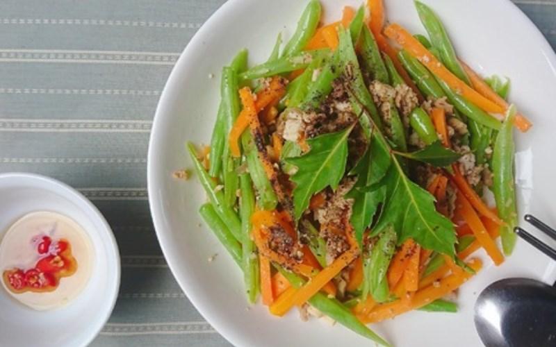 Đậu que xào cà rốt