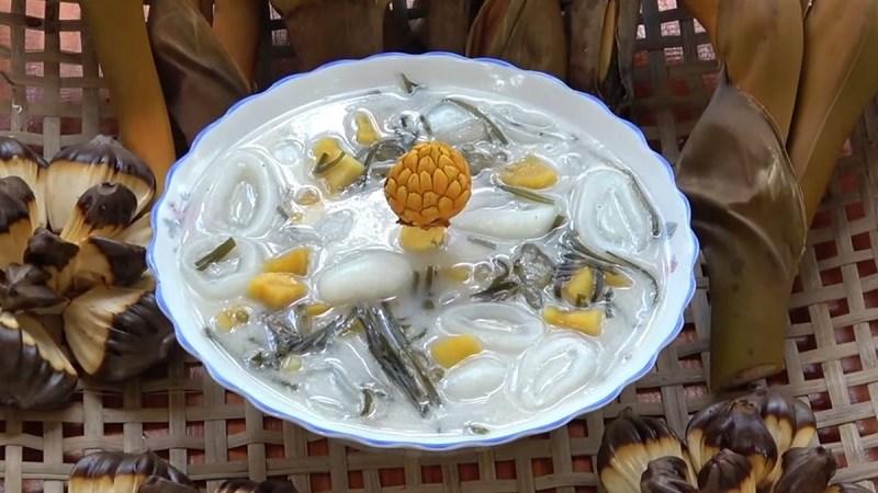 Chè dừa nước