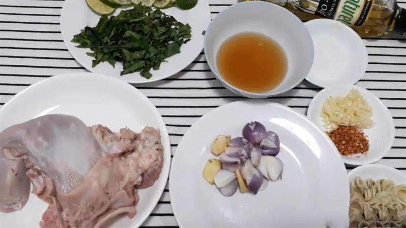 Nguyên liệu món ăn gỏi dưa leo chua cay, kiệu chua và dưa leo