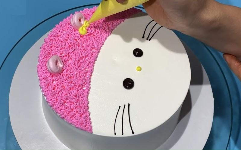 Bánh kem Hello Kitty