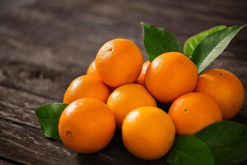 Một quả cam bao nhiêu calo?
