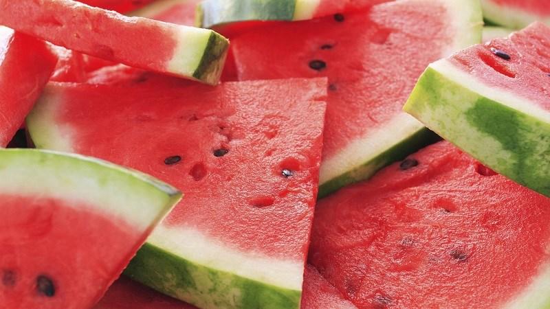 Không nên bỏ hạt dưa hấu khi ăn