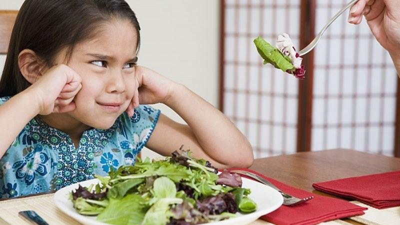 Không bắt đầu bữa ăn bằng cuộc chiến