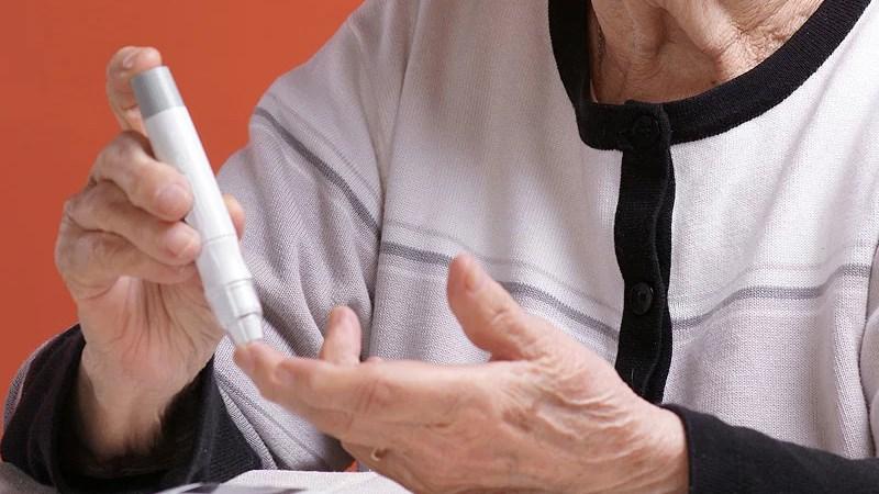Lá mãng cầu xiêm ngăn ngừa bệnh tiểu đường